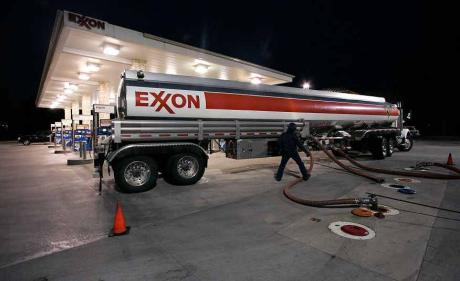 exxon-no-fereal-income-tax.jpg
