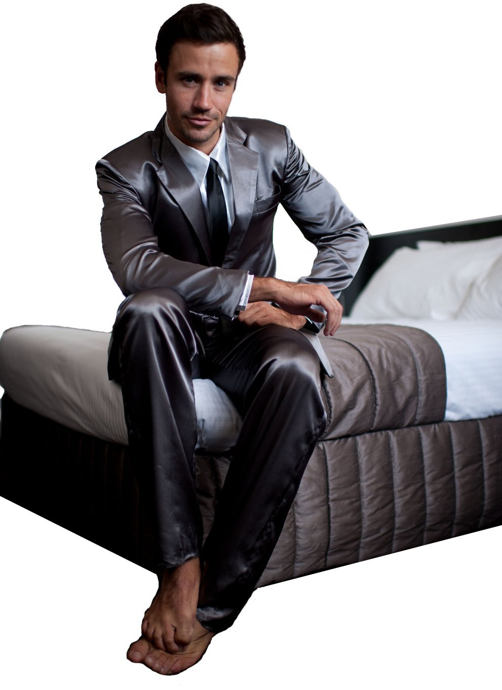 Styling Snoozing With Suitjamas